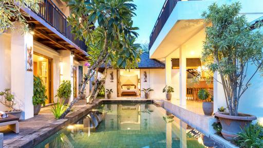 Image 2 of Villa Amrina